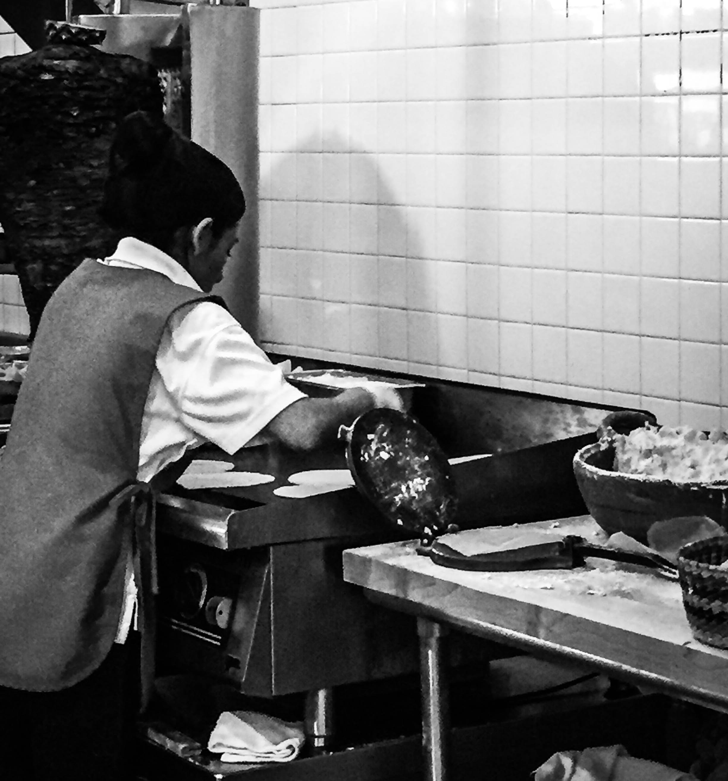 ROSE & IVY Journal A Taste of New York Los Tacos No. 1