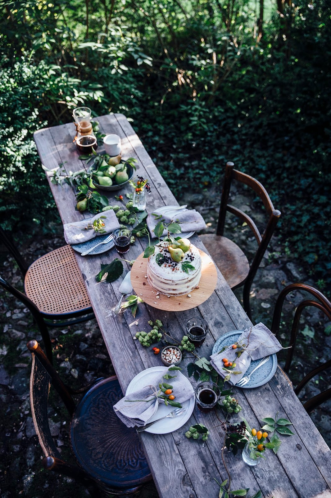ROSE & IVY Journal Fall Table Setting