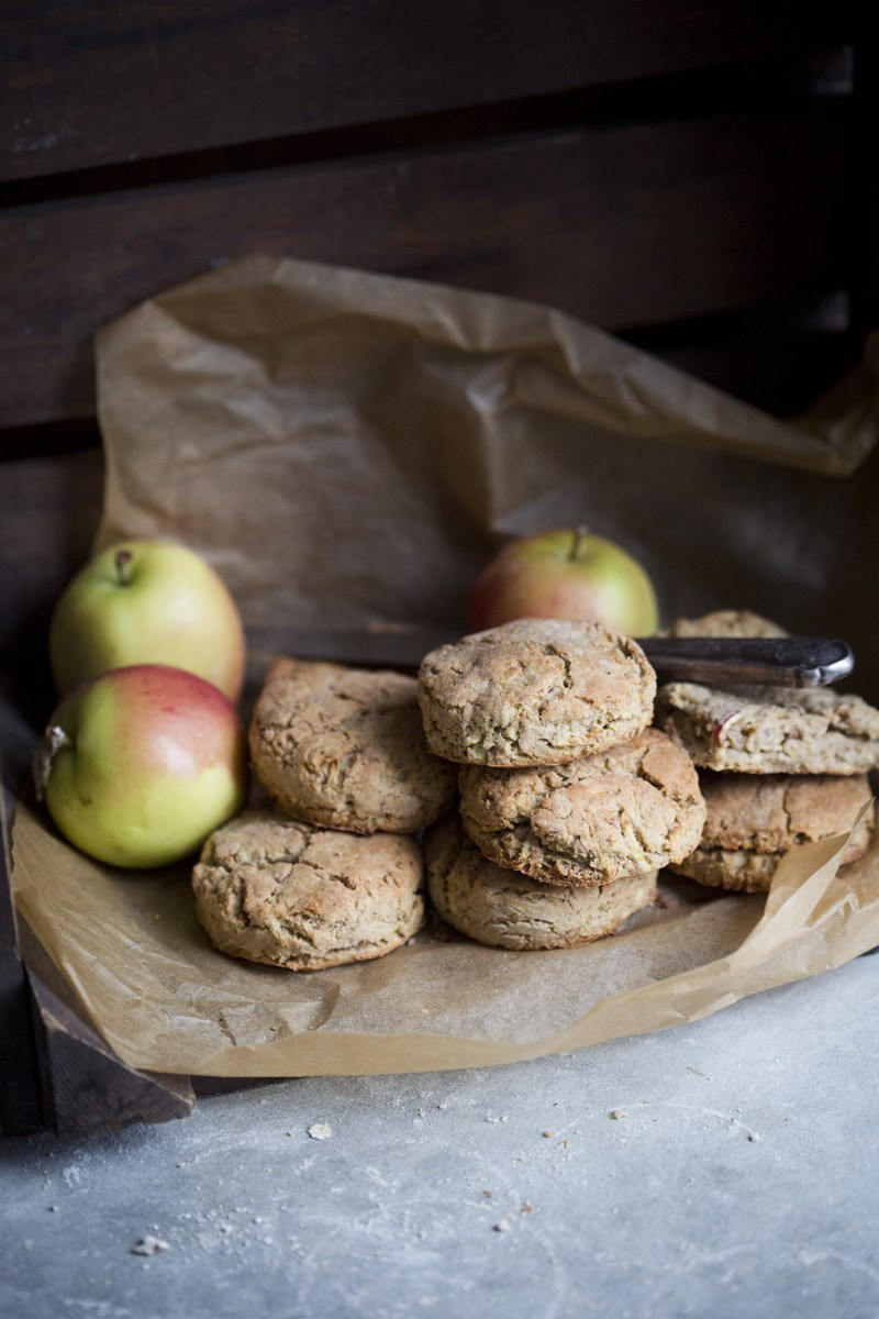 Apple & Oat Biscuits , via Green Kitchen Stories