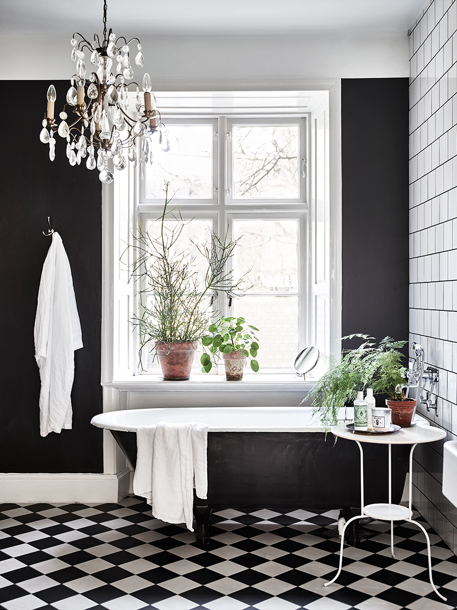 ROSE & IVY Journal Inspiring Interiors A Case for Black and White