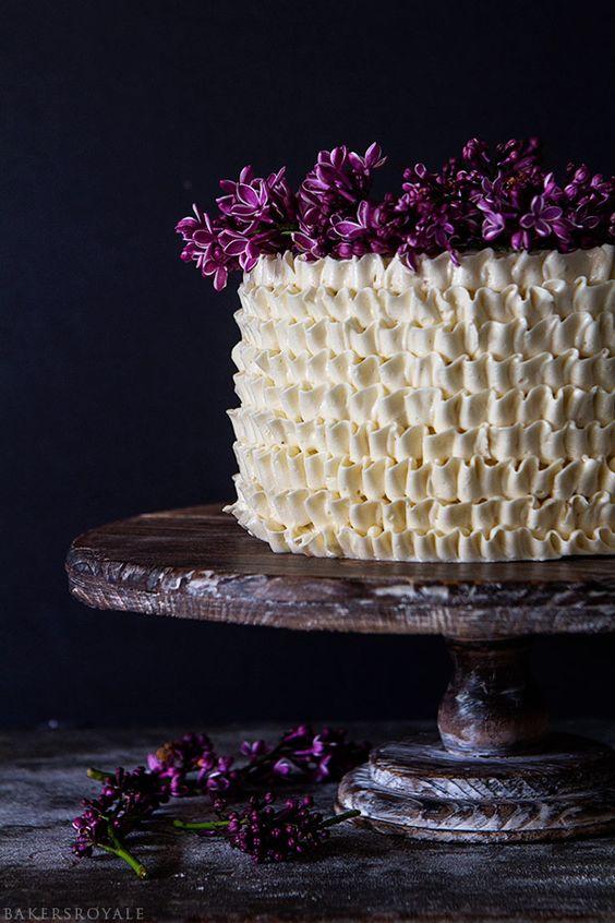 Easy Lemon Cake via  Bakers Royale