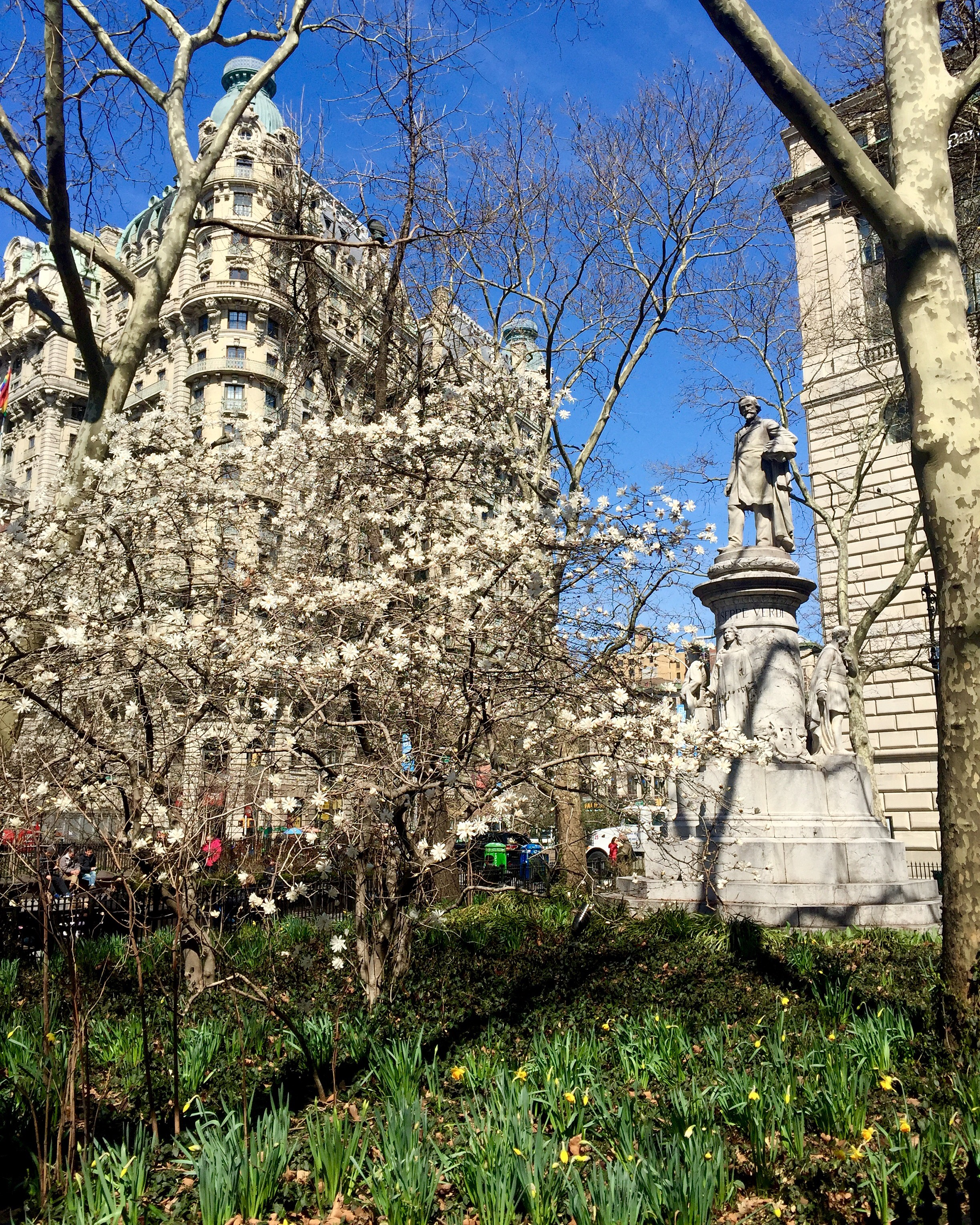 ROSE & IVY Journal Upper West Side in the Spring