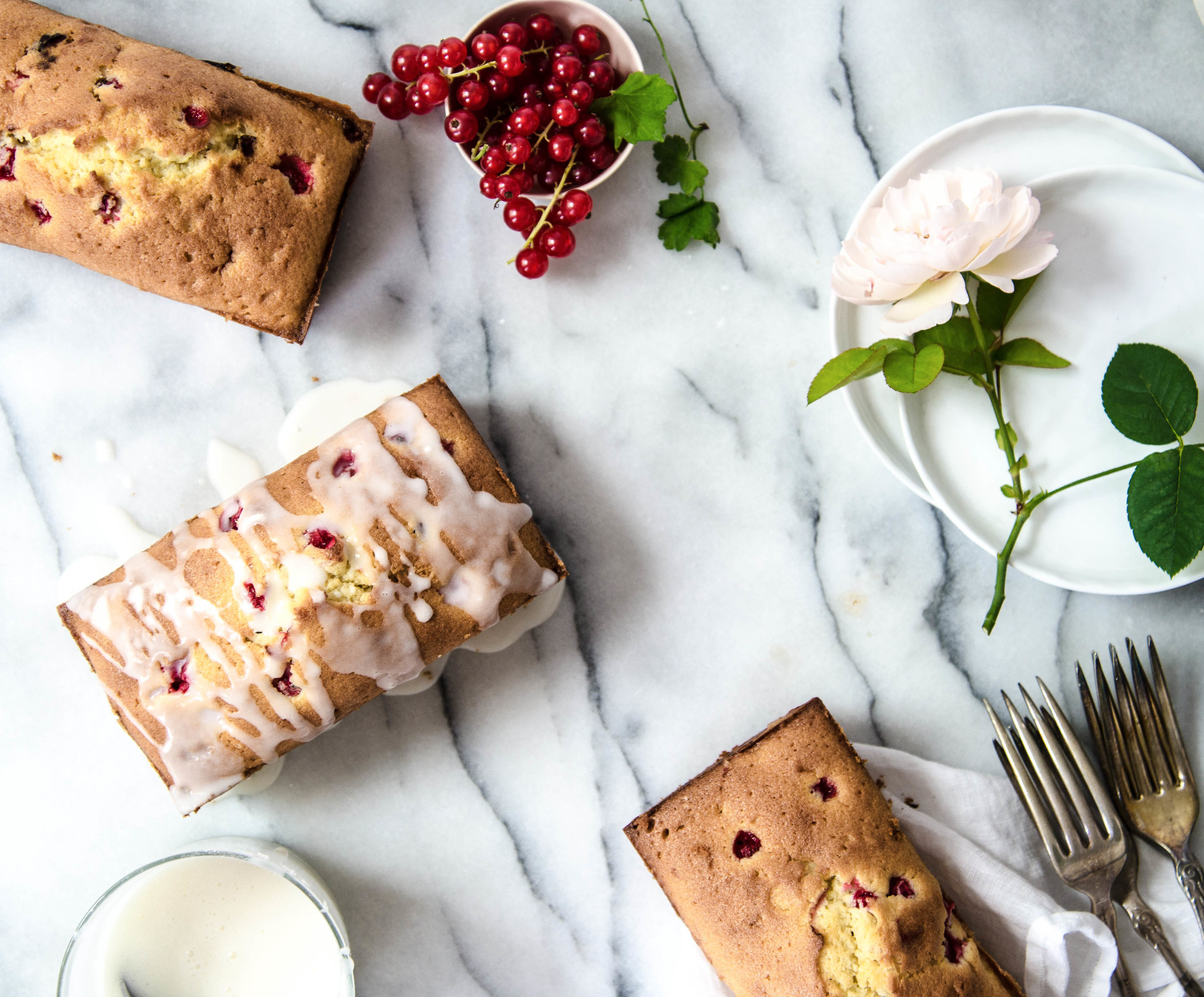 ROSE & IVY Journal Red Currant Pound Cake