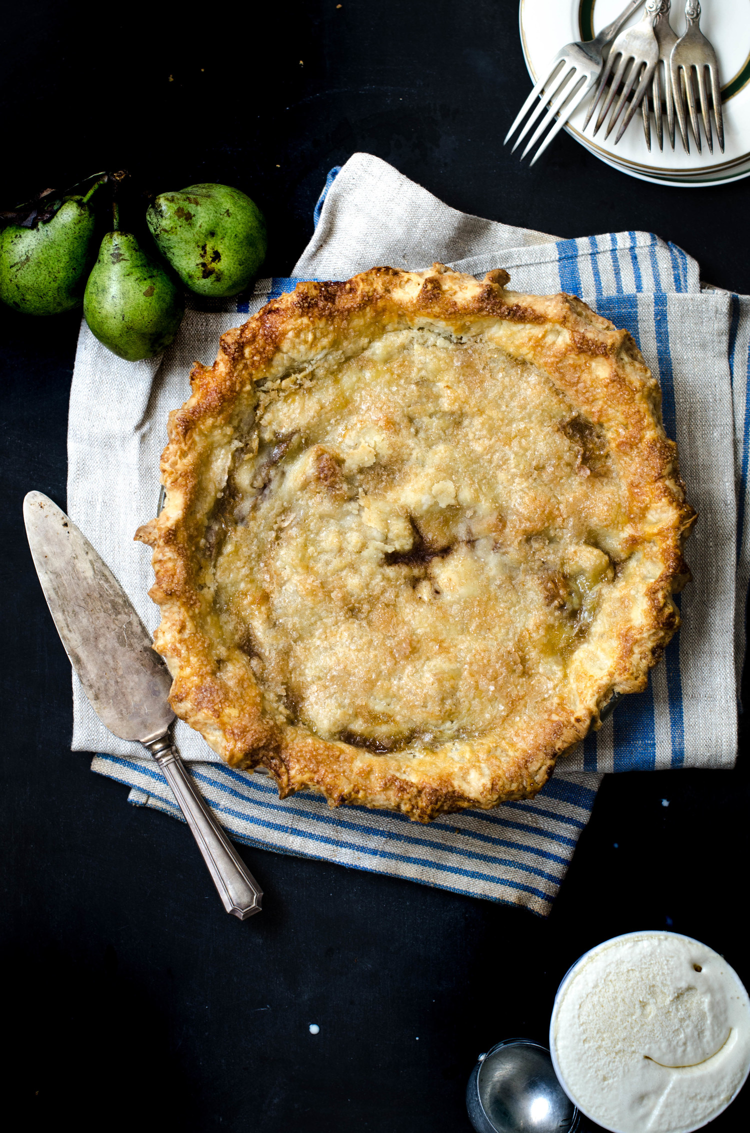 Browned Butter Pear Pie, via  ROSE & IVY