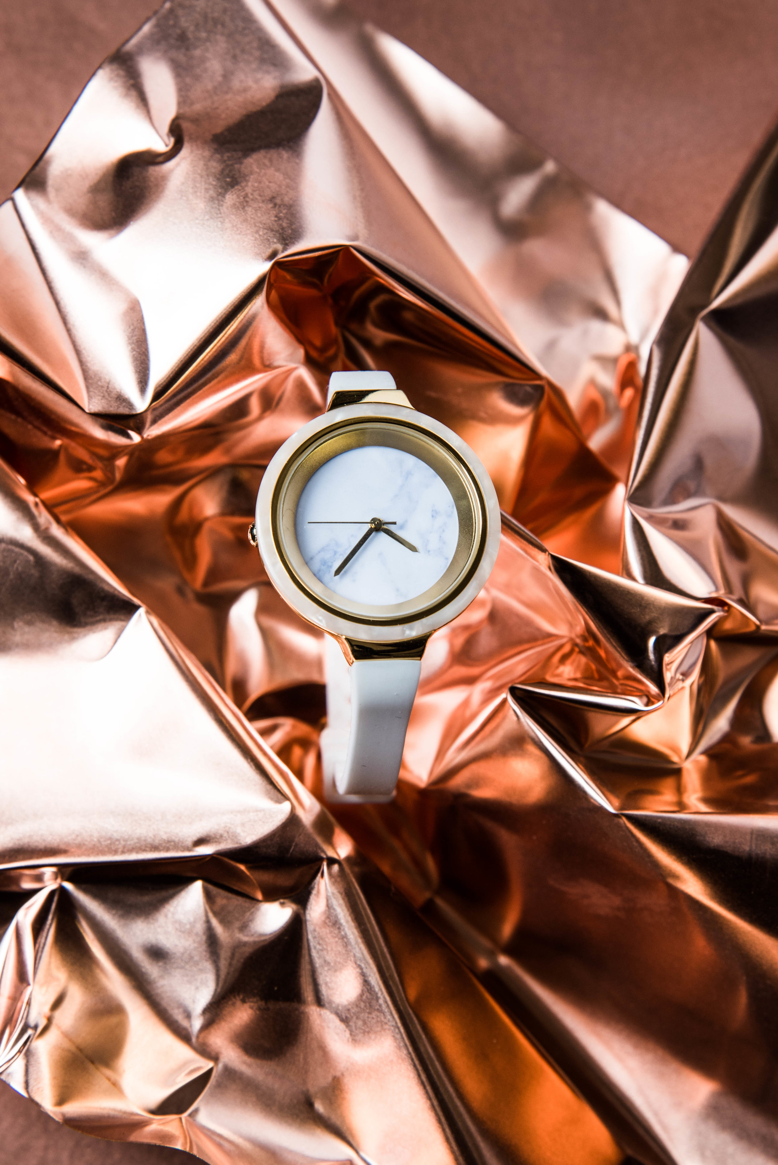 ROSE & IVY Journal Gift Guide The Mood Copper & White RumbaTime Orchard Marble Snow Patrol Watch