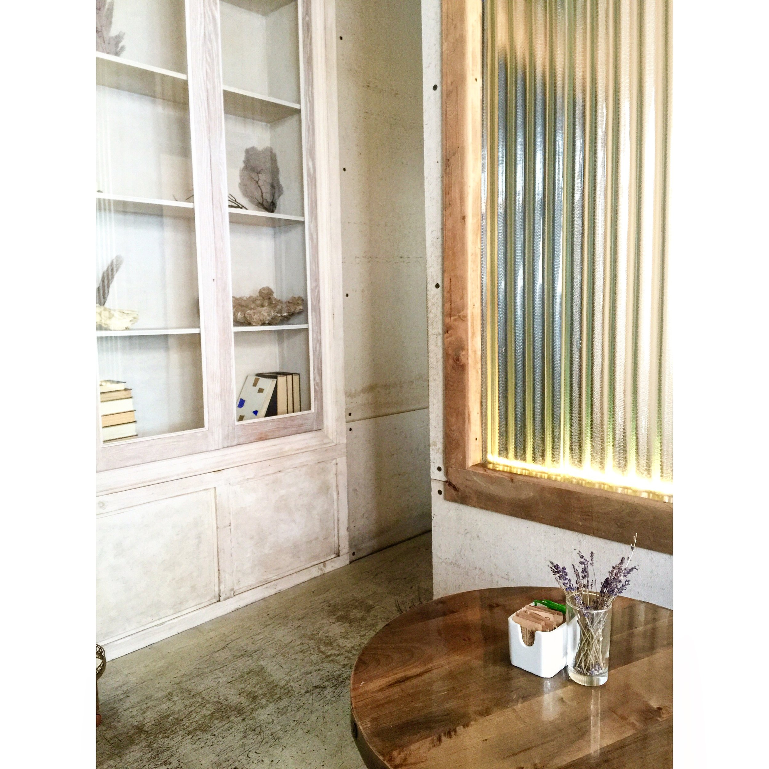 ROSE & IVY Journal A Taste of New York Two Pretty New Coffee Shops on Our Radar Sel Rrose Cafe