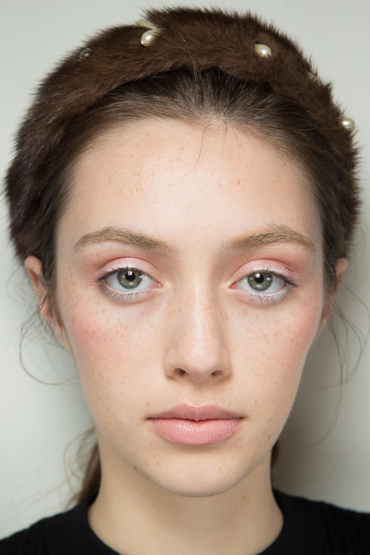 ROSE & IVY Journal Beauty Flash Fall 2017 Altuzarra
