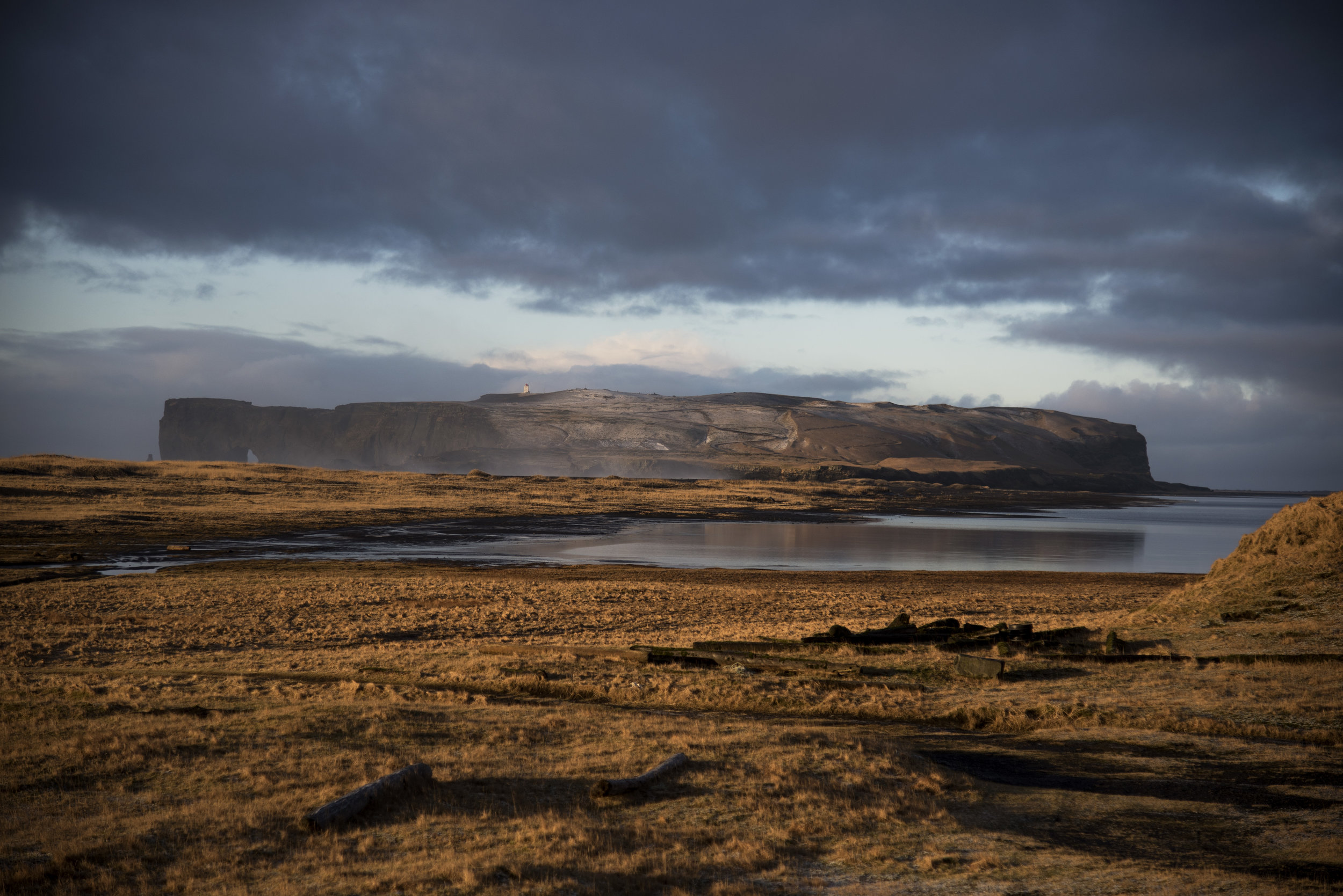 Escape toReynisfjara Beach - Vik, Iceland