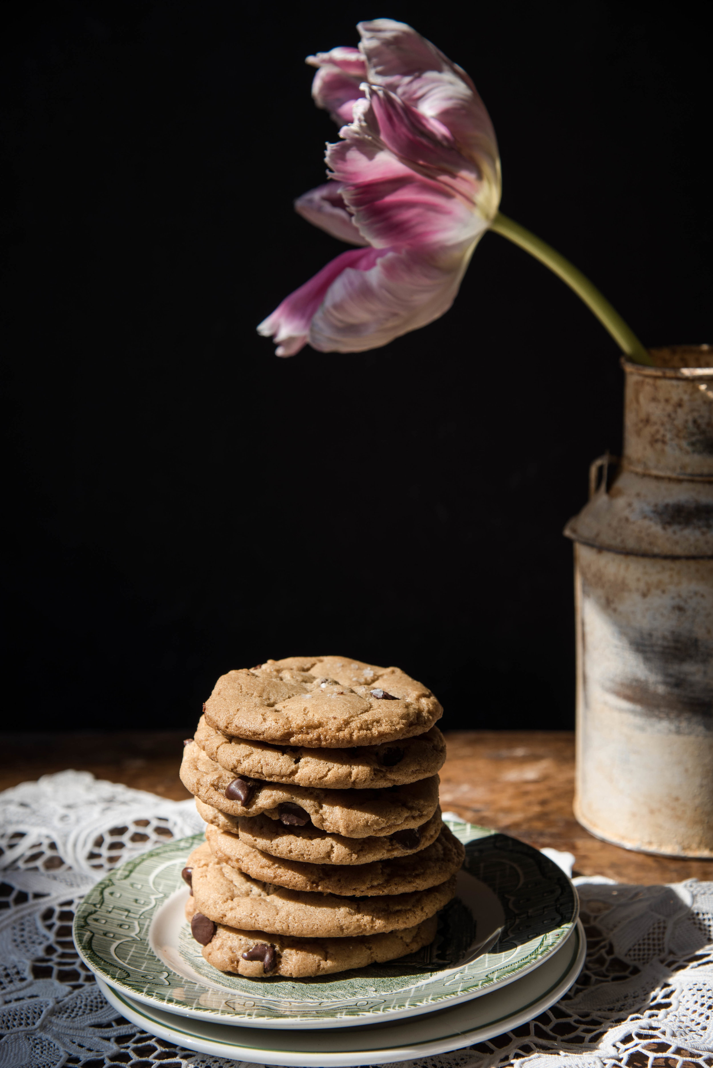 ROSE & IVY Journal Ovenly's Vegan Chocolate Chip Cookies
