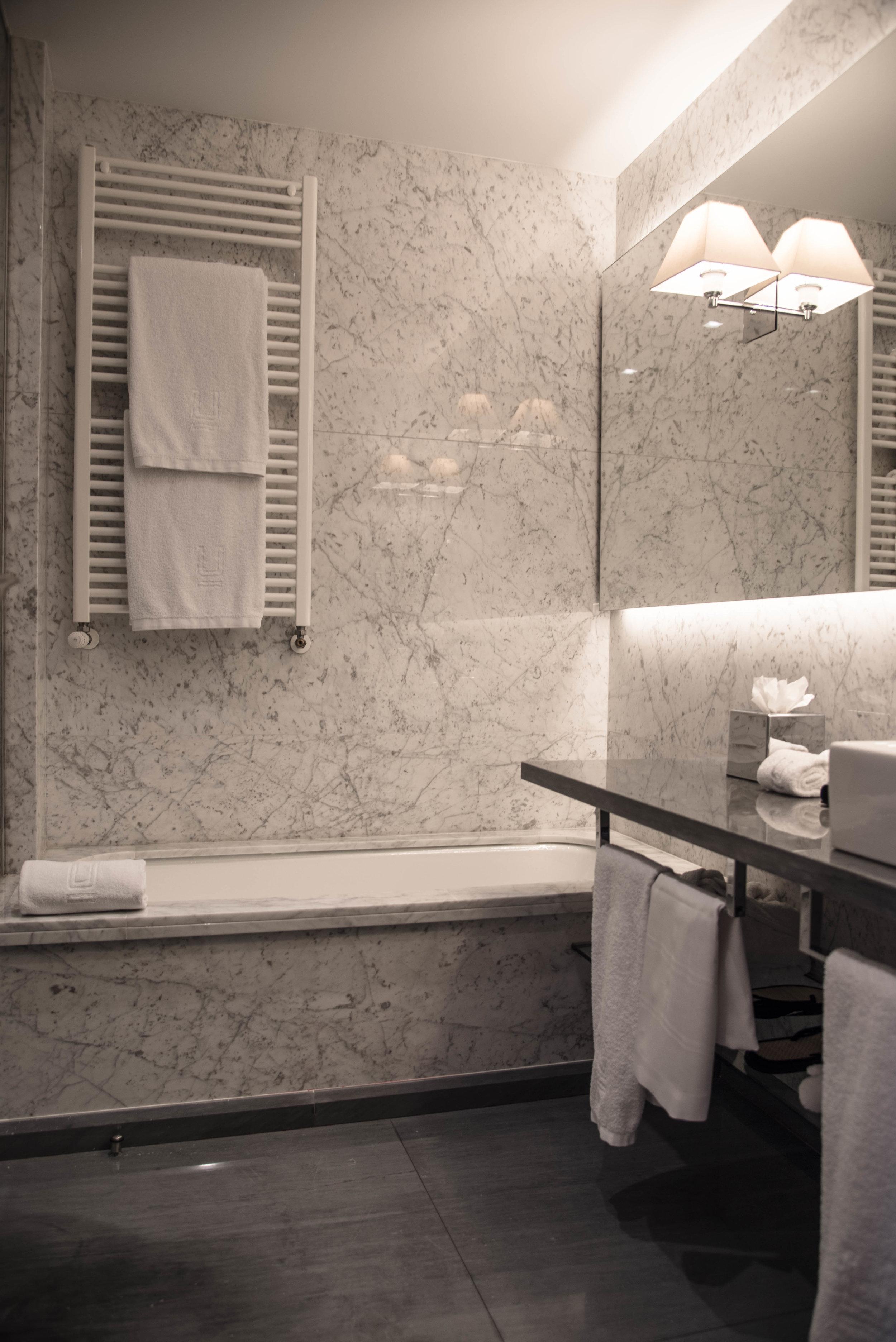 ROSE & IVY Journal Escape | Hotel Urso, Madrid