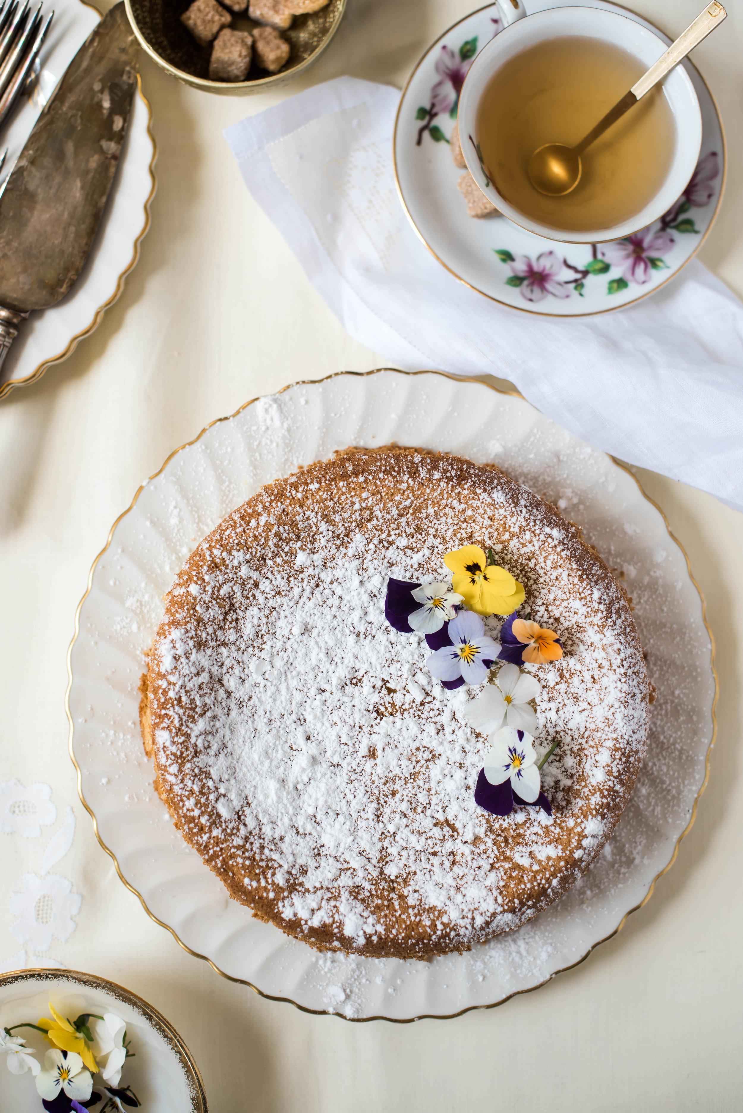 ROSE & IVY Journal Spring Celebrations Lemon Almond Cake