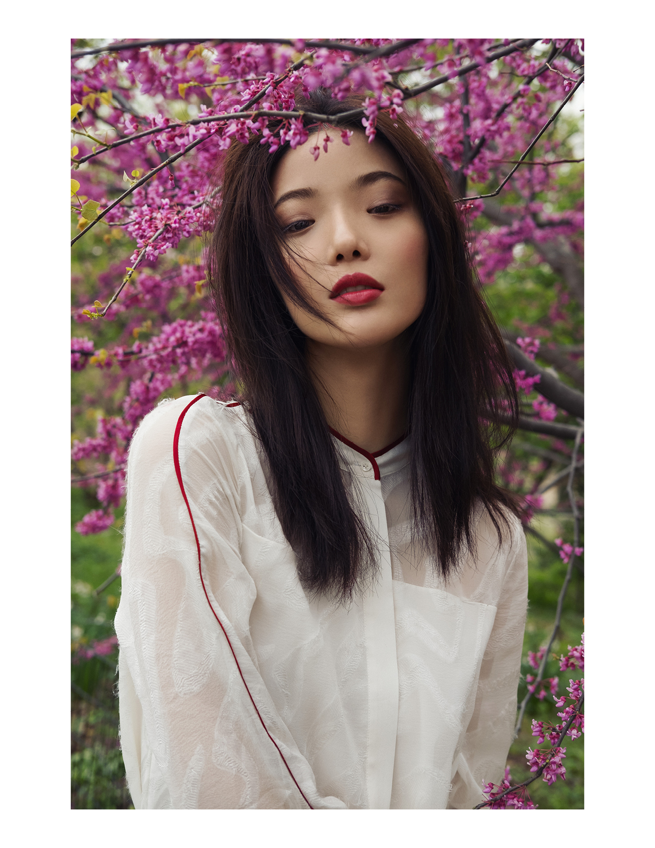 ROSE &I IVY Journal Beauty Editorial Ever Bloom