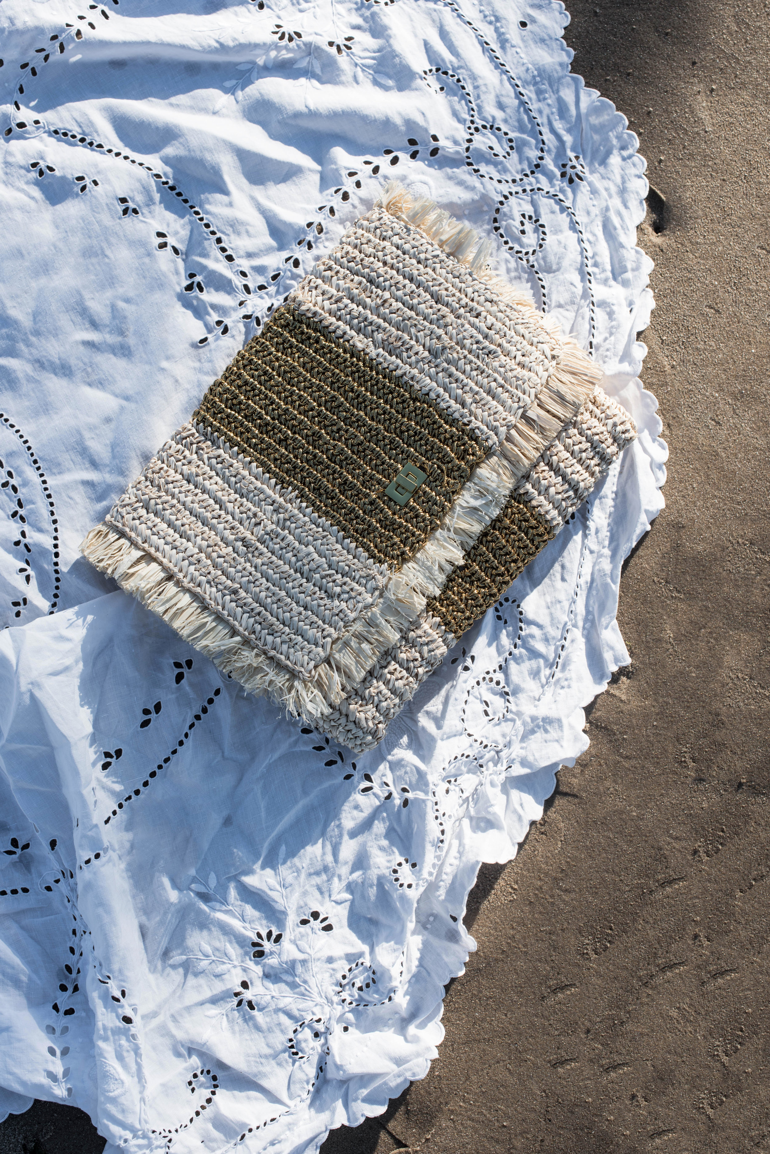 ROSE & IVY Journal Summer Bags for City or Beach with Kayu