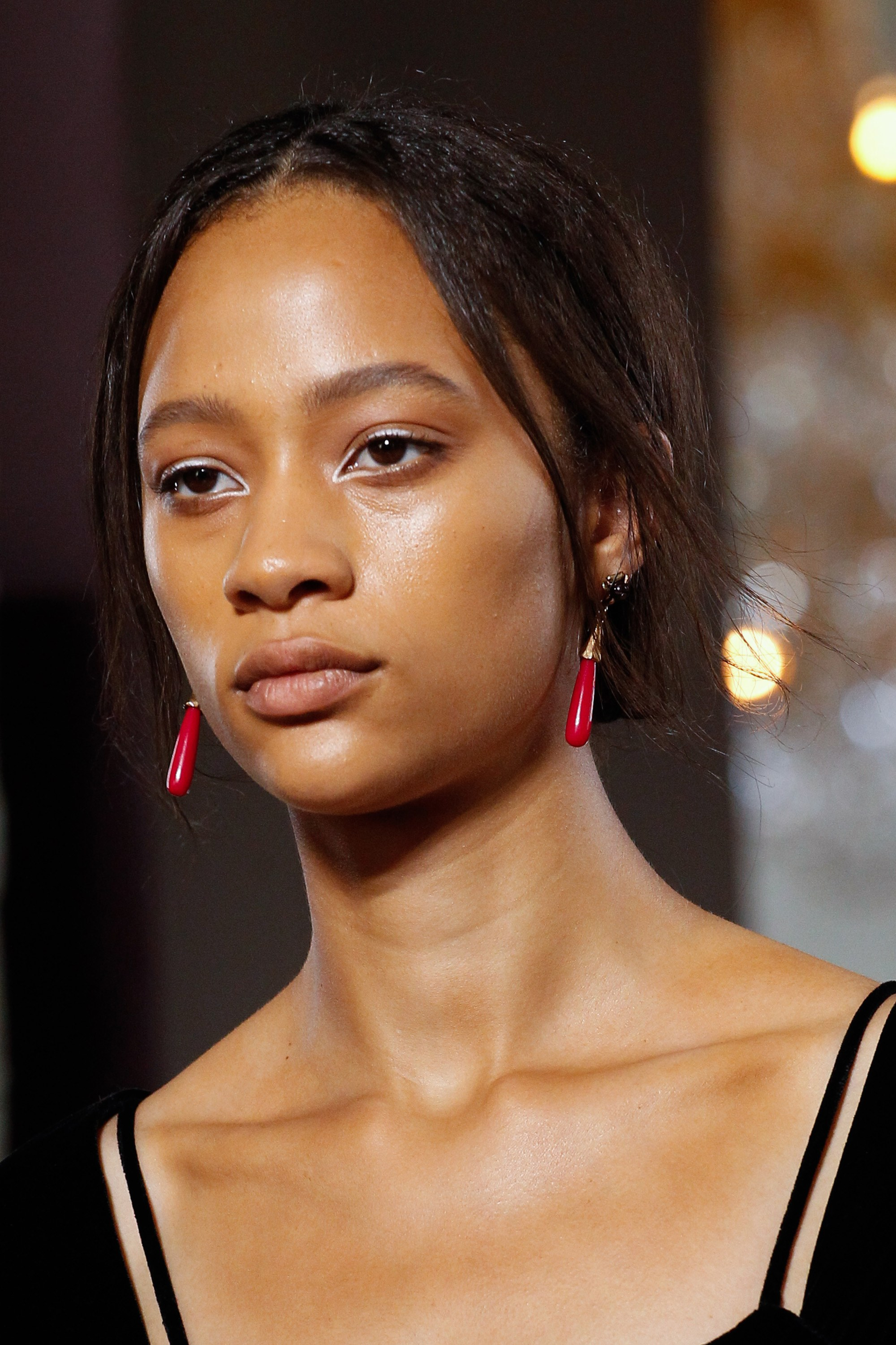 ROSE & IVY Journal A Case for Winged White Eyeliner as Seen at Valentino Couture Fall 2017