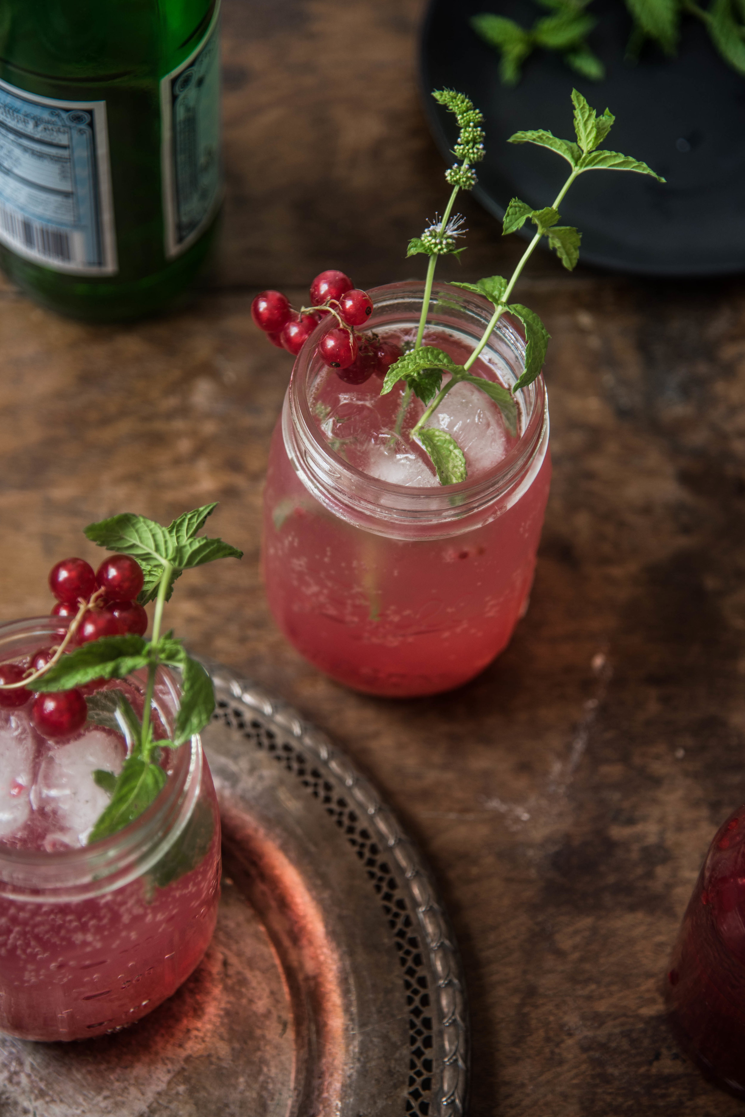 ROSE & IVY Journal At the Market Red Currants + Red Currant Vanilla Spritzer