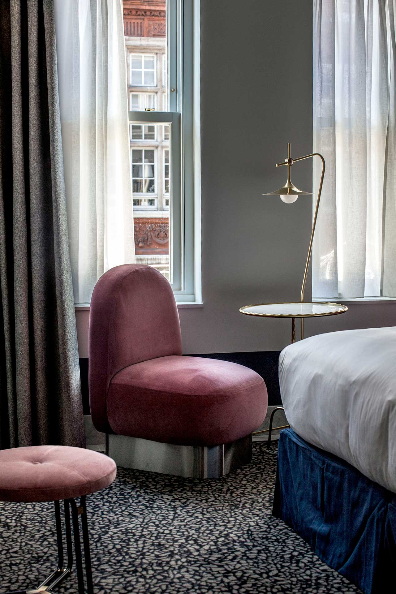 Escape to London - And Stay at Henrietta Hotel