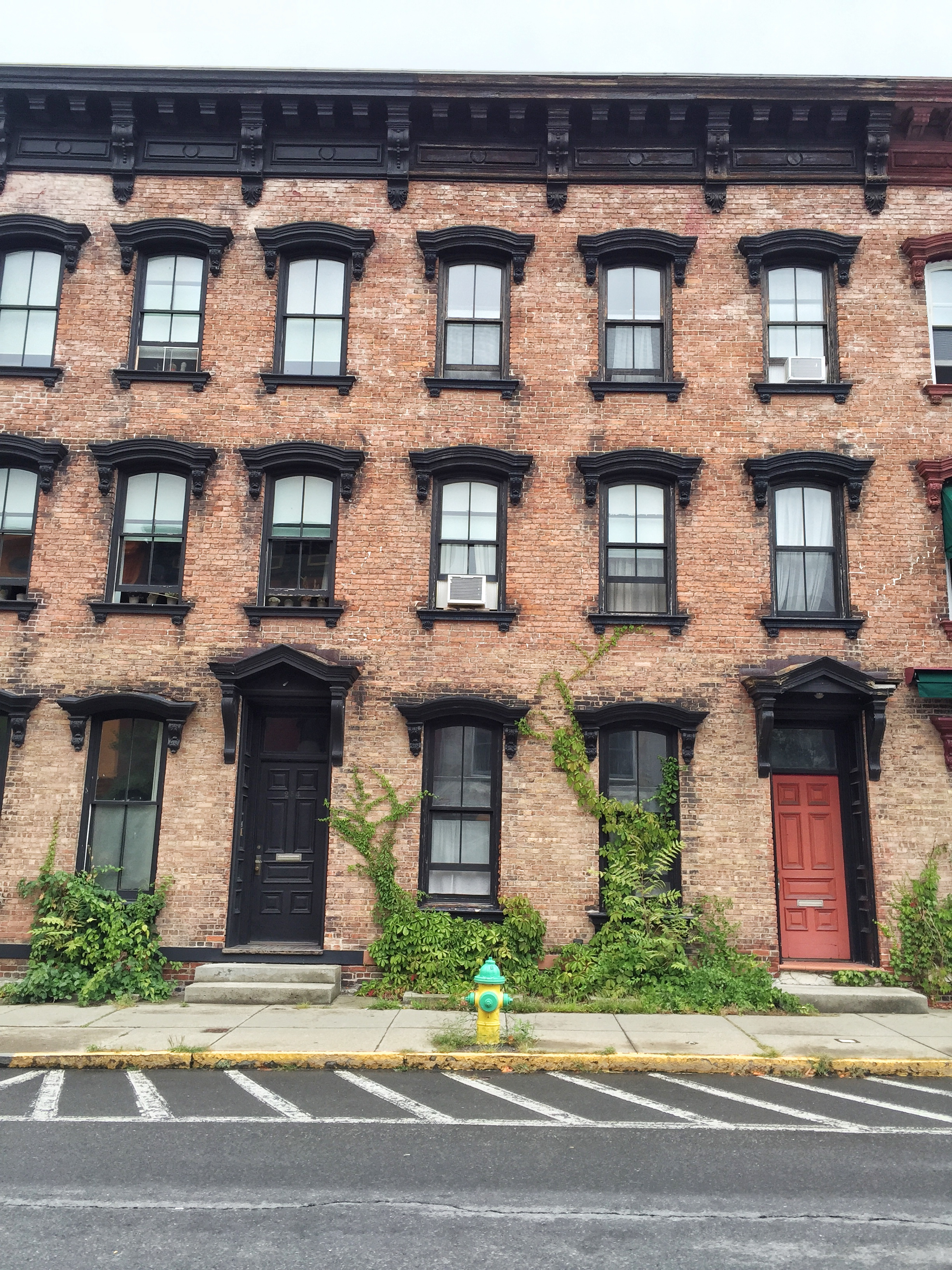 Escape to Hudson, New York - Where to Eat & Shop