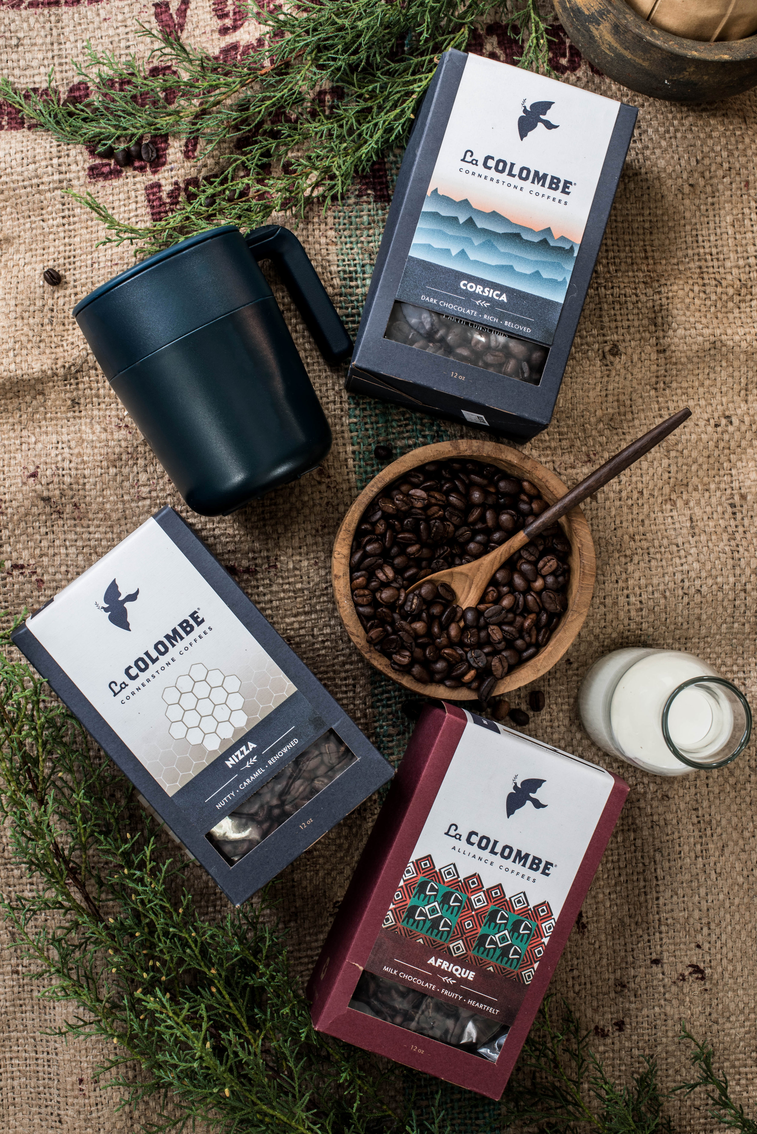 ROSE & IVY Journal Gift Guide La Colombe Coffee Subscription