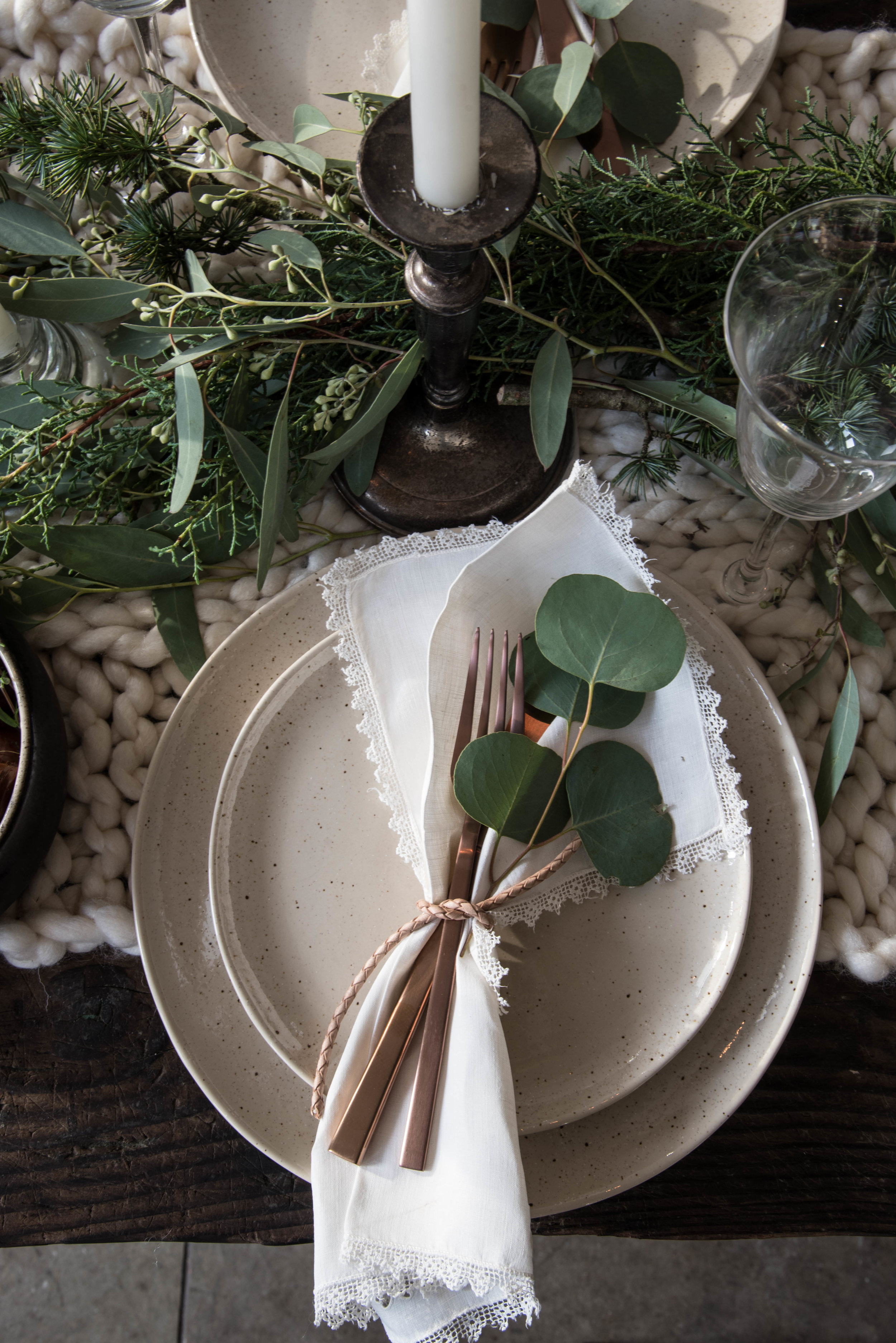ROSE & IVY Journal Winter Light A ROSE & IVY Journal Holiday Table Setting