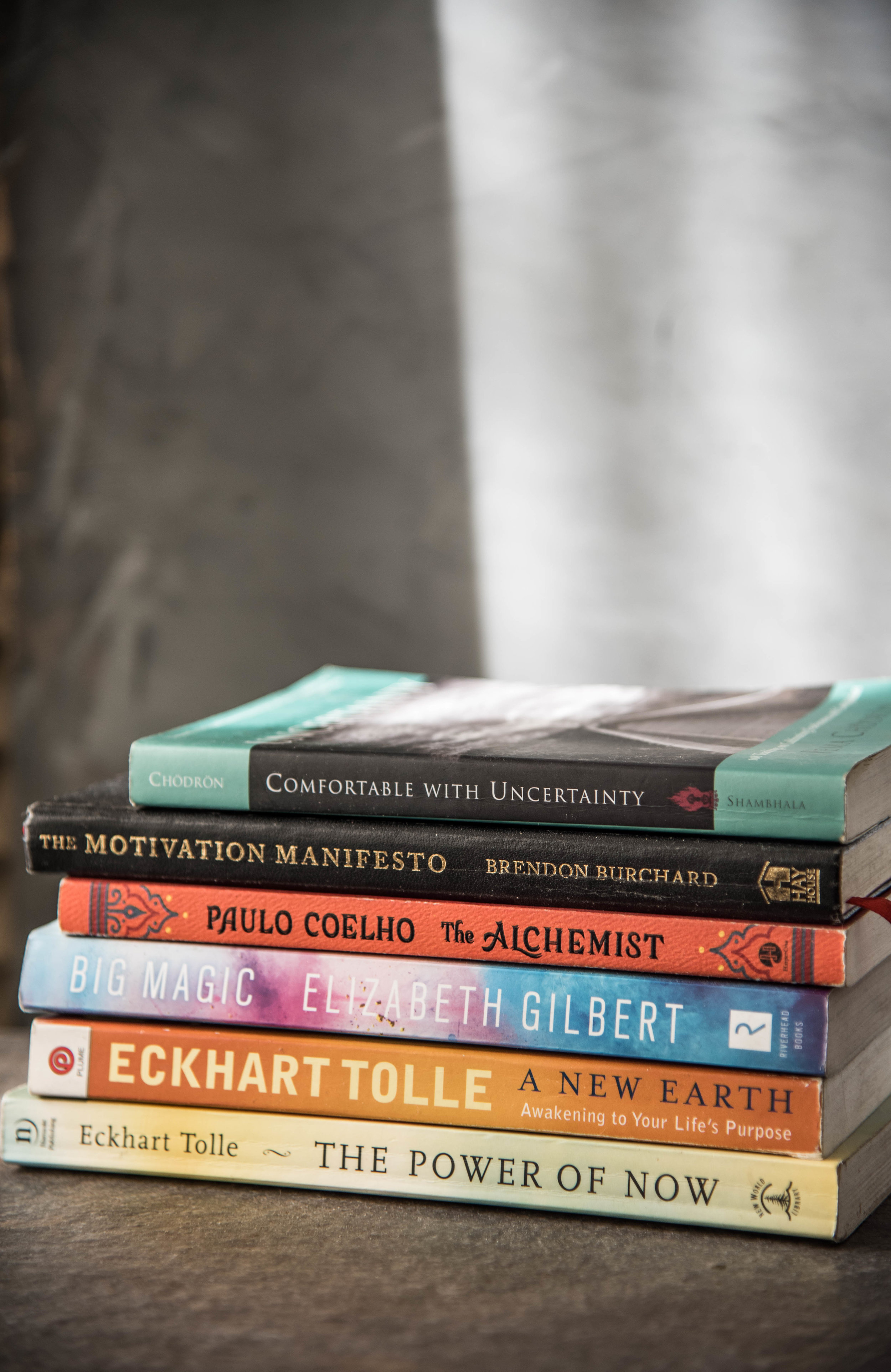 ROSE & IVY Journal Our Favorite Books to Inspire Your New Year