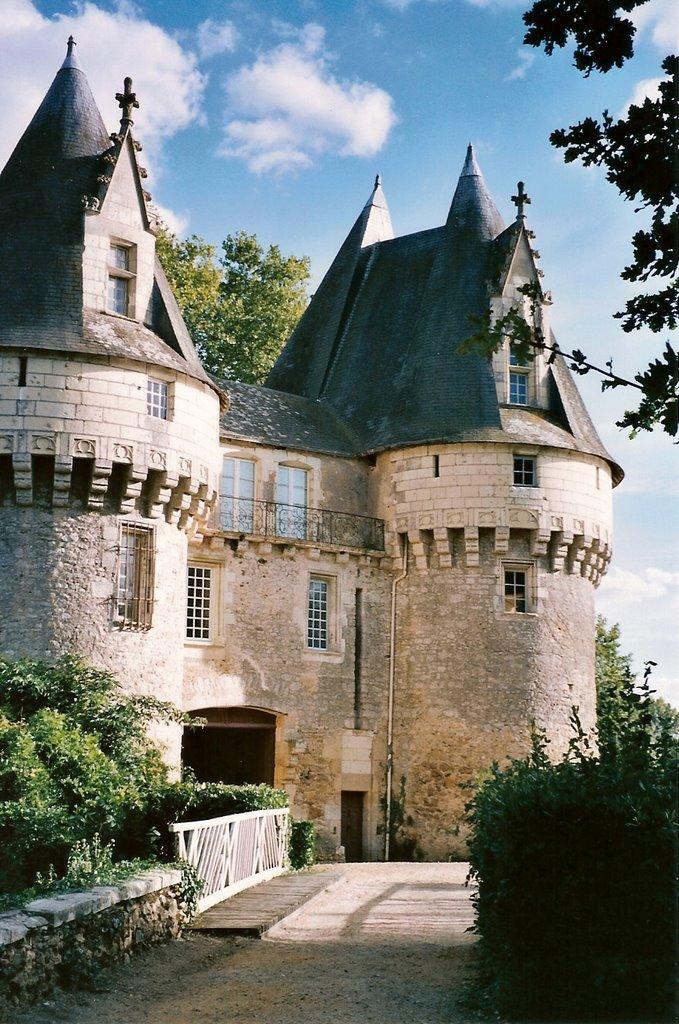 ROSE & IVY Journal Wanderlust List for 2018 Loire Valley
