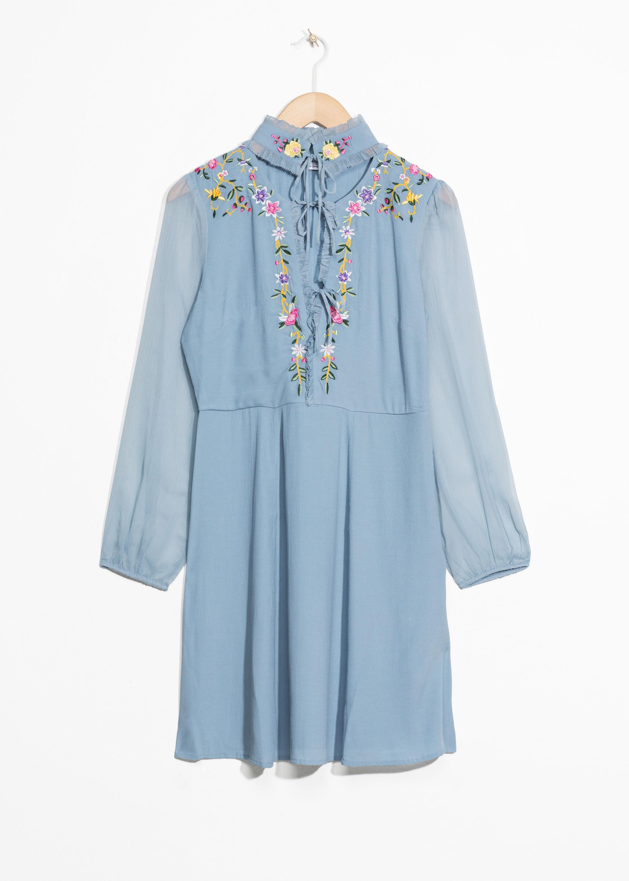 ROSE & IVY Journal The Find A Vintage Inspired Floral Dress