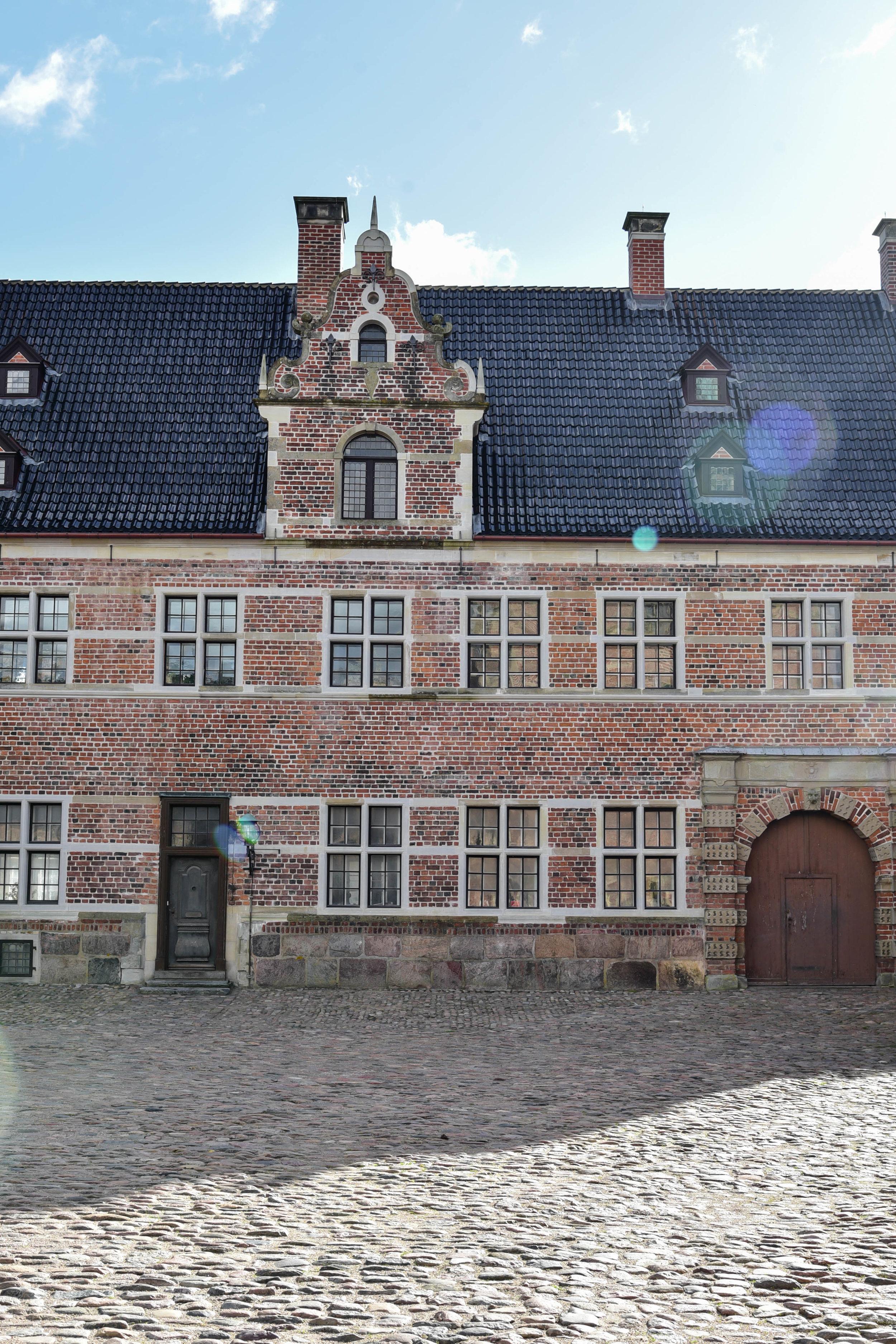 ROSE & IVY Journal Garden Dreamer | Frederiksborg Castle, Denmark