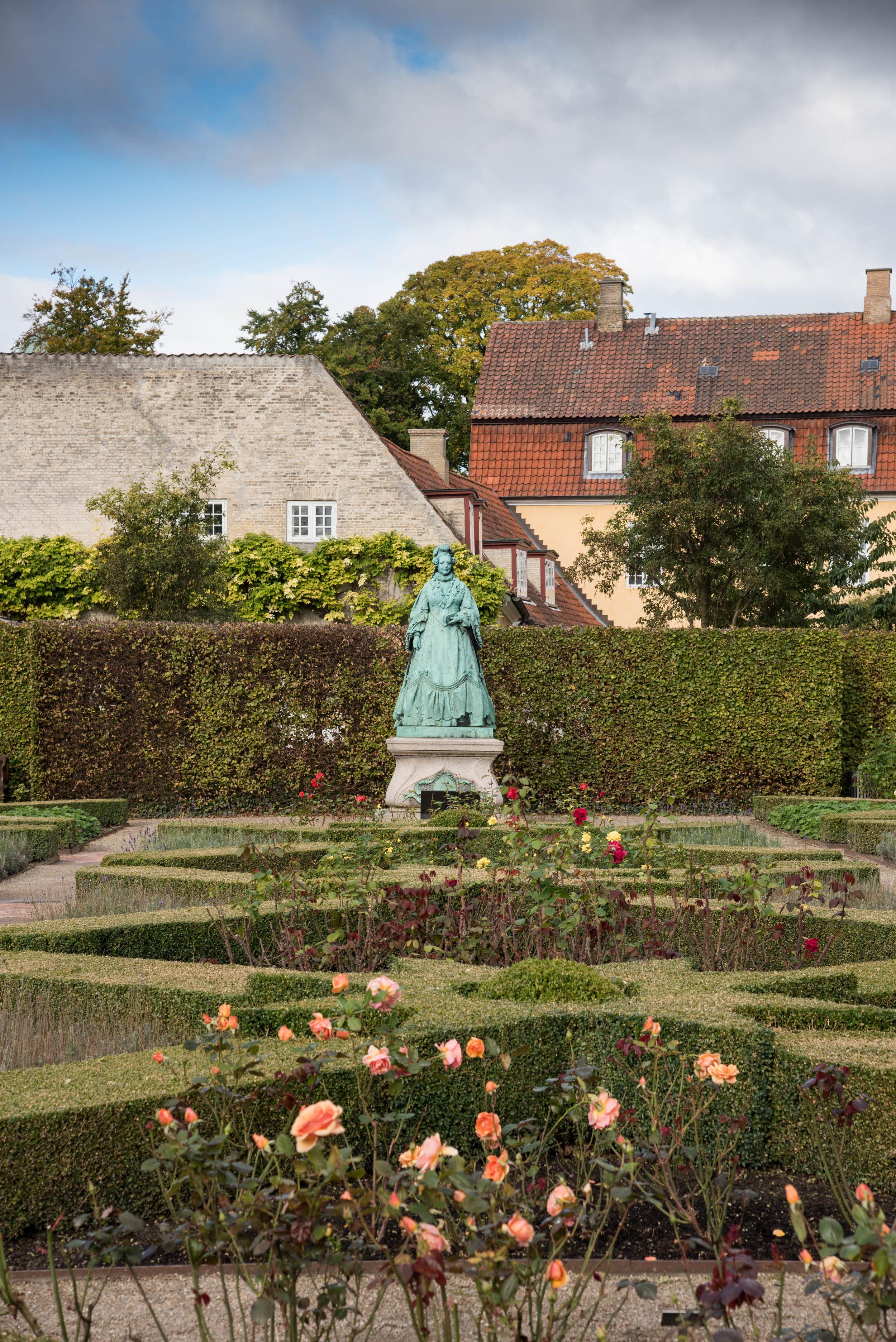 ROSE & IVY Journal Garden Dreamer | The King's Garden, Copenhagen
