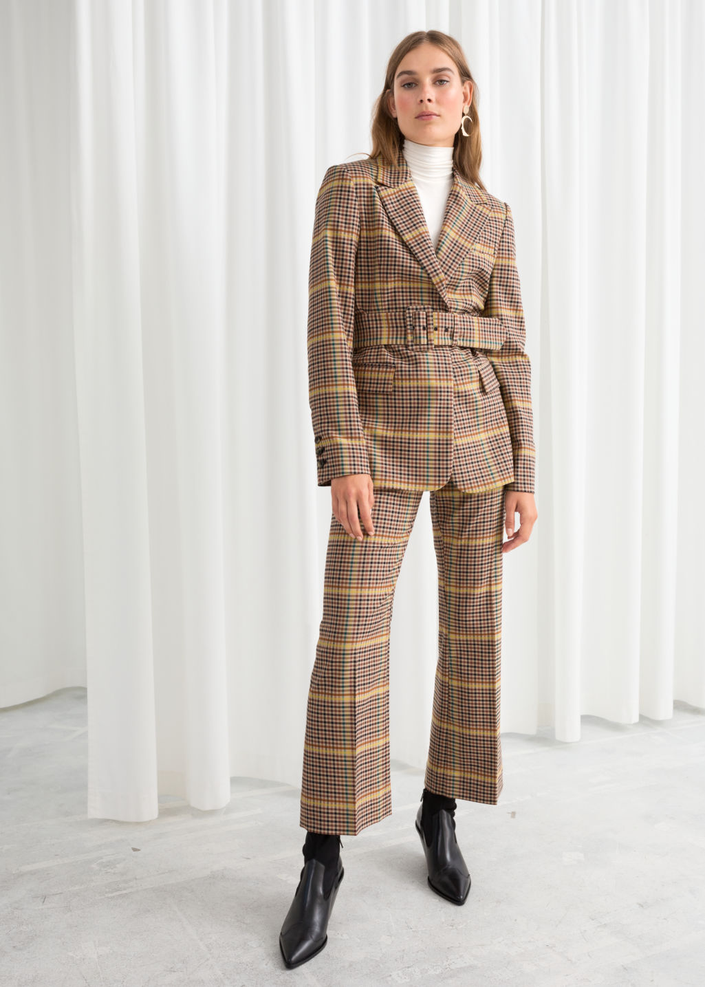 ROSE & IVY Journal The Find | A 70s Inspired Plaid Suit