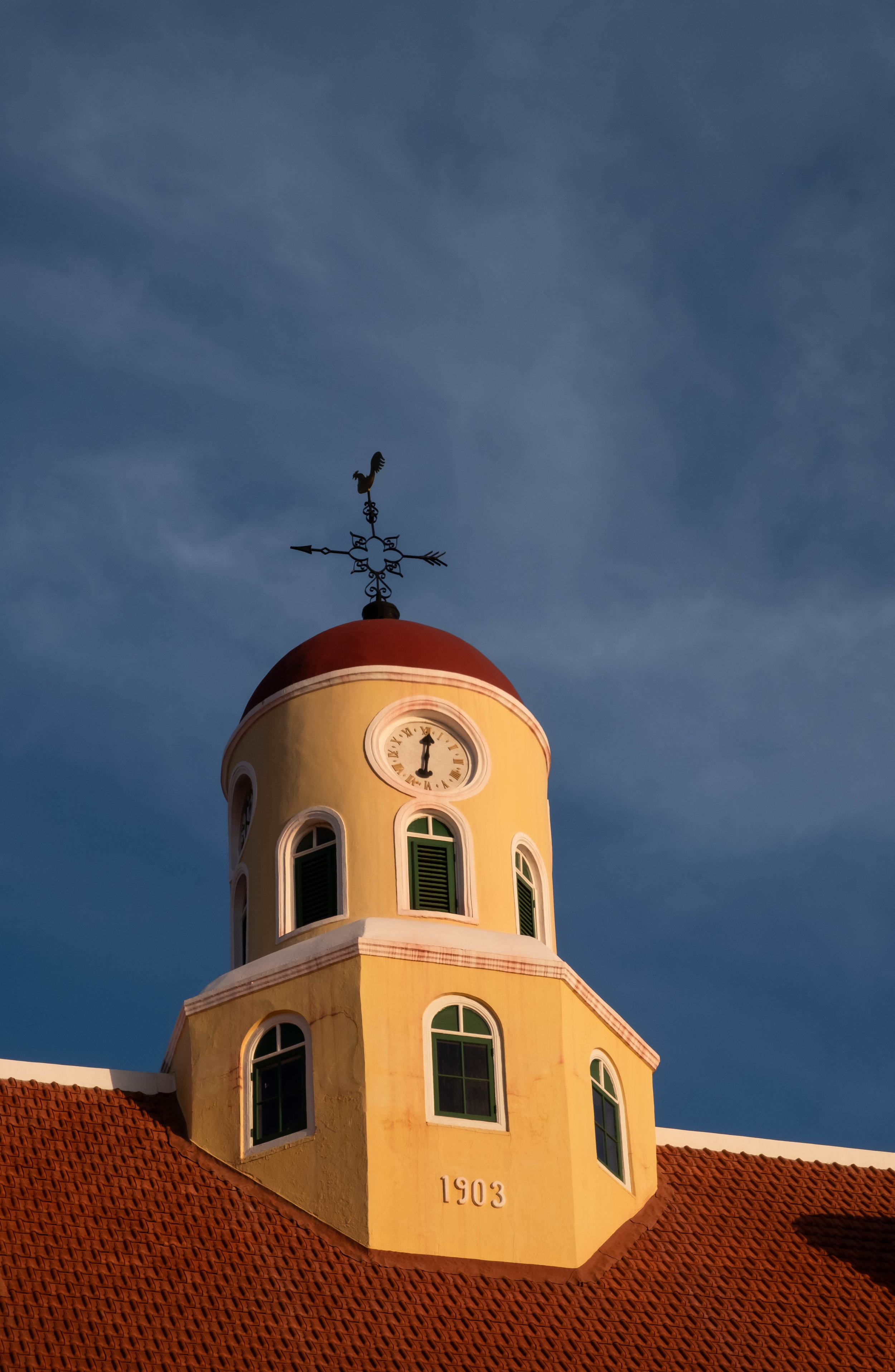 ROSE & IVY The Lively Town of Willemstad, Curacao