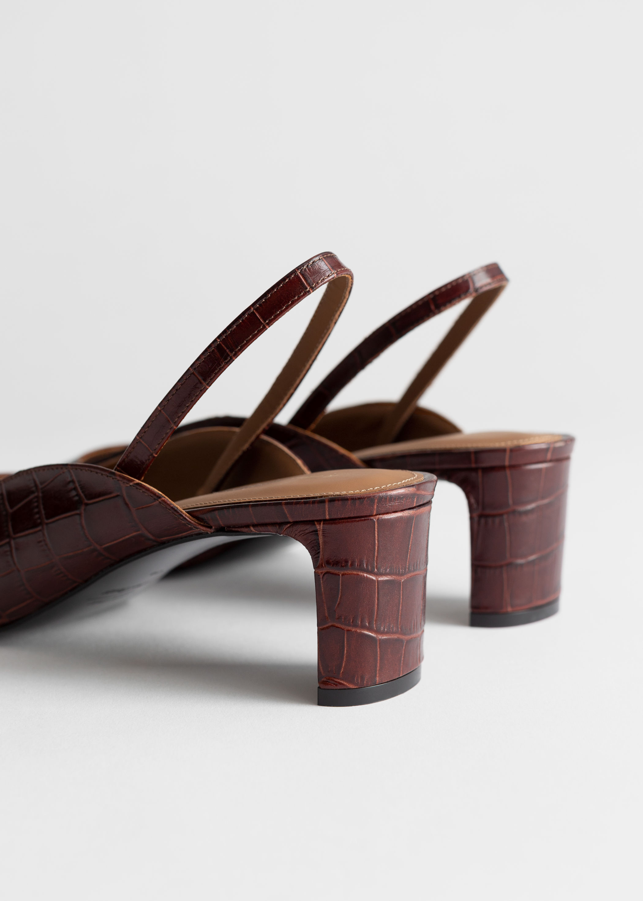 ROSE & IVY The Find | Square Toe Mules