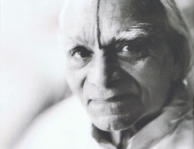 bks-iyengar-bw-portrait