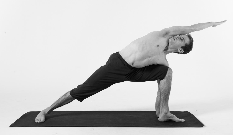 utthita-parsvakonasana-yoga-pose-jack-cuneo