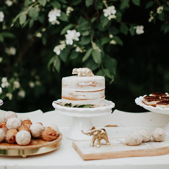 Check out our stories today for our latest rental bundle for kids parties and baby showers 😍 this minimal white and gold 'wild one' party was featured on @100layercakelet and we had so much fun styling it! Share this bundle with your momma friends and get in touch with us to reserve this bundle for your shower or birthday party 🖤