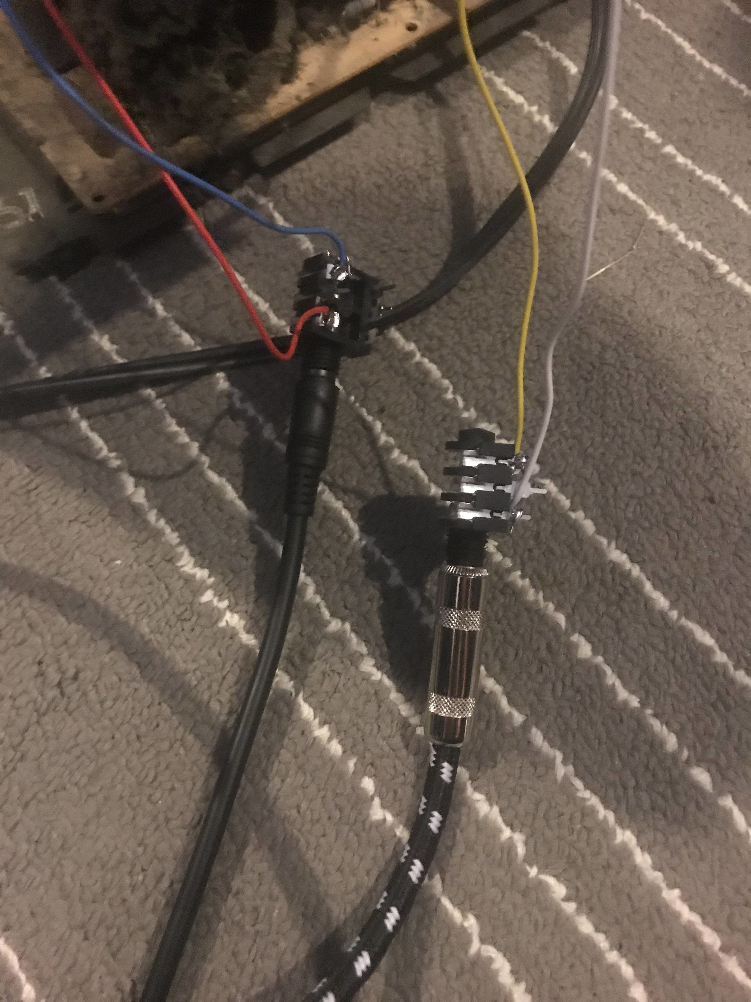 connection from deflection coils to cable jacks