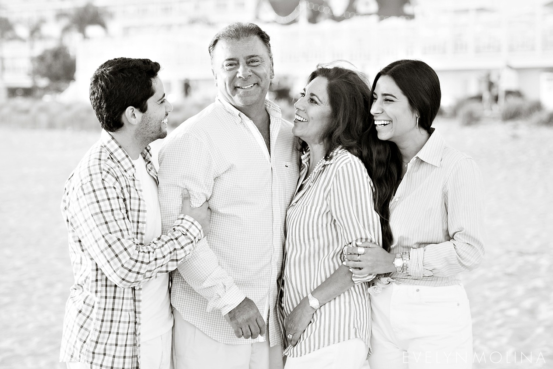 Coronado Family Portraits - Suzette Valle_0003.jpg