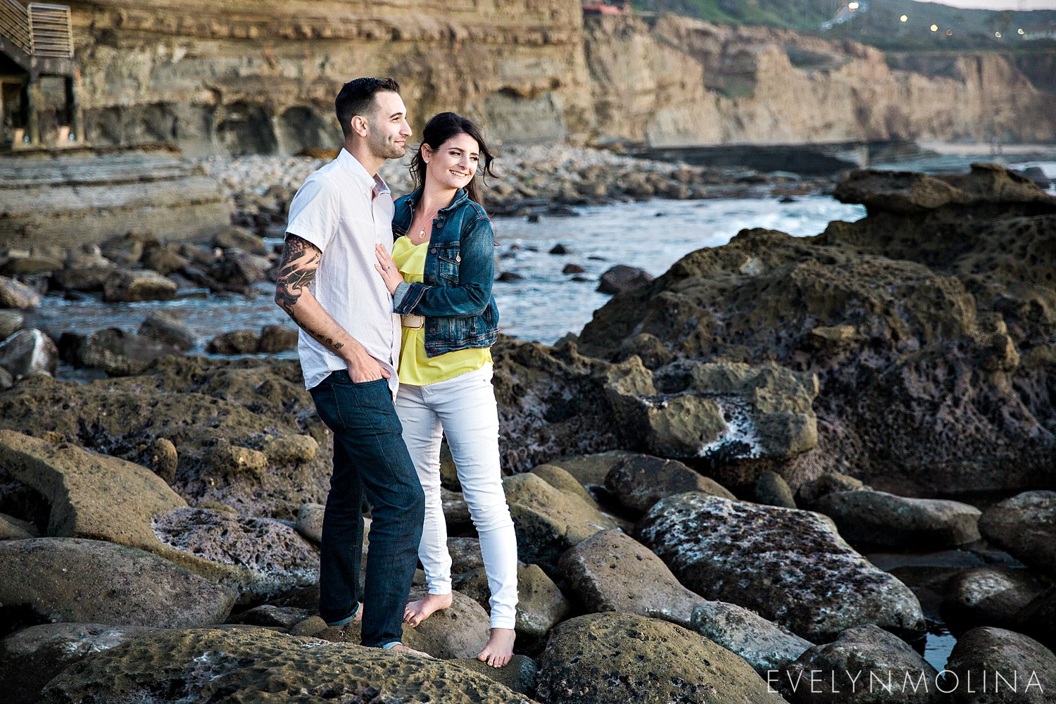 Sunset Cliffs Engagement Session - Carly and Alex - Evelyn Molina Photography_0029.jpg