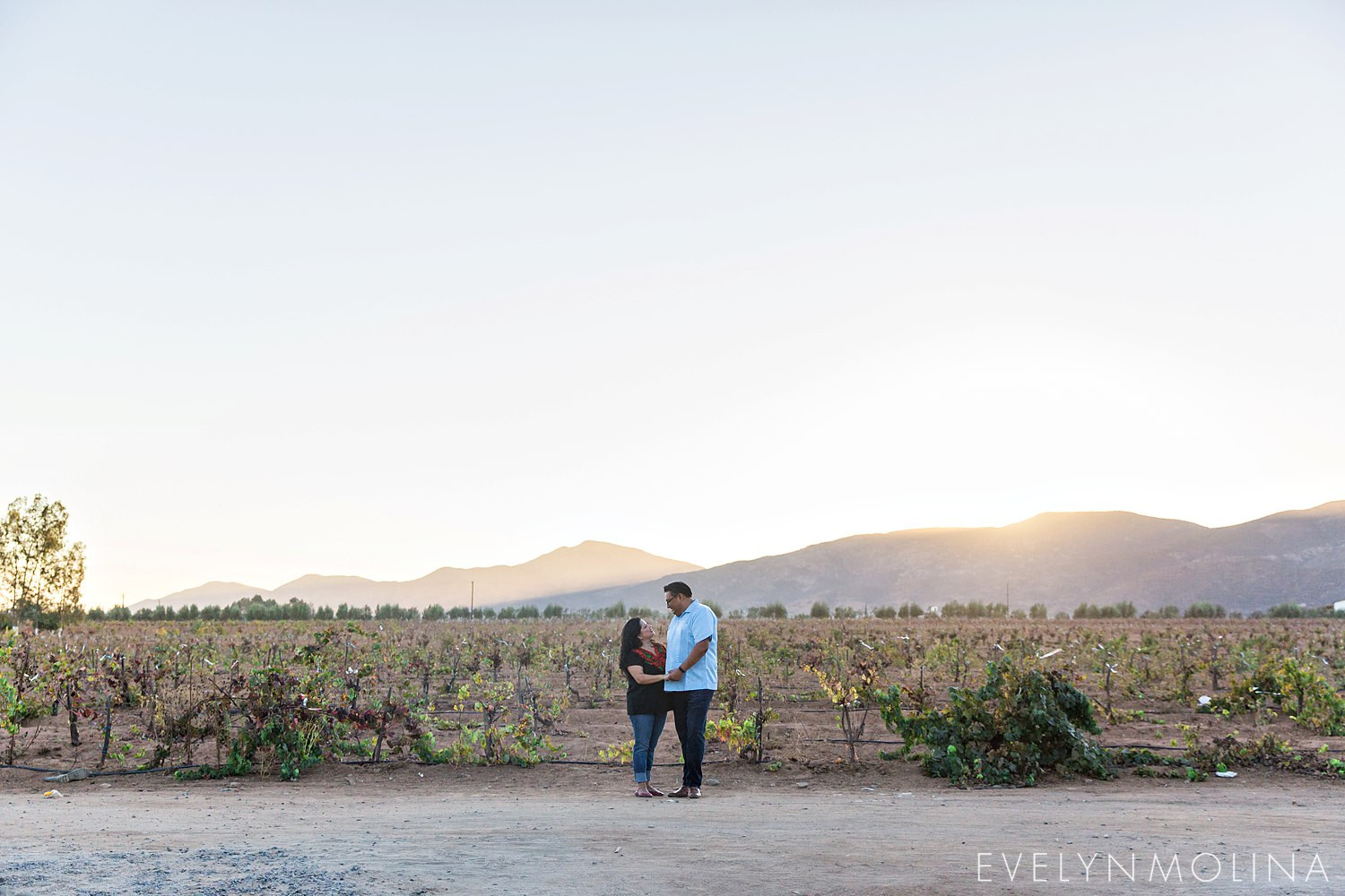 Valle de Guadalupe Engagement - Lala and Frank_0013.jpg