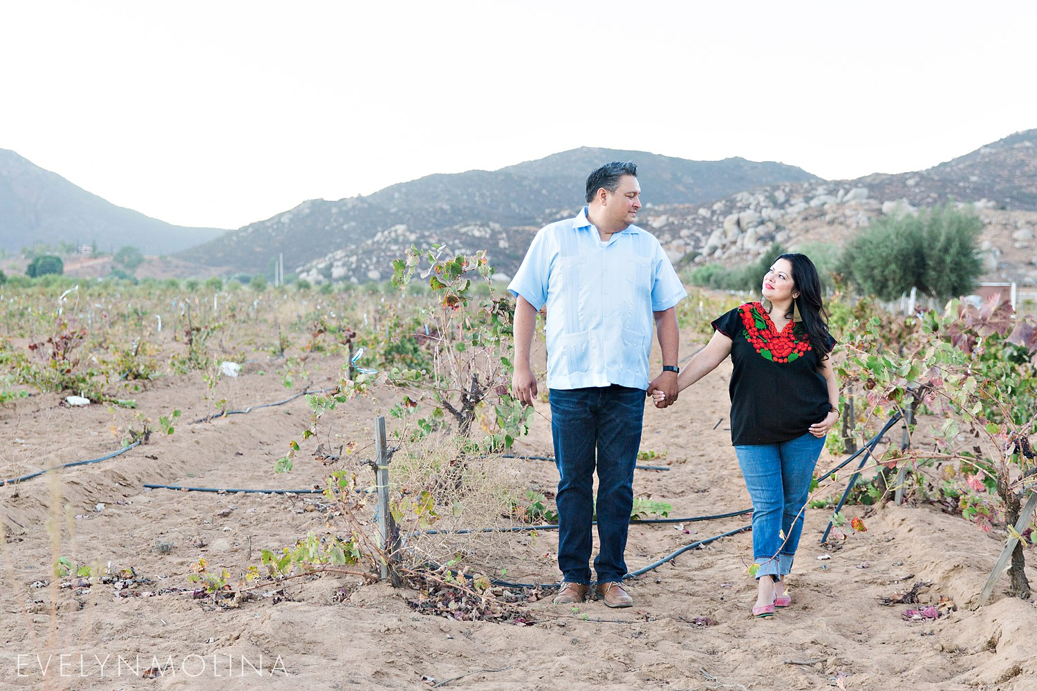 Valle de Guadalupe Engagement - Lala and Frank_0028.jpg