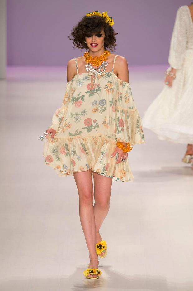 betsey-johnson-spring-summer-2015-nyfw17.jpg