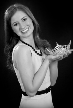 MissMass2014 Lauren Kuhn