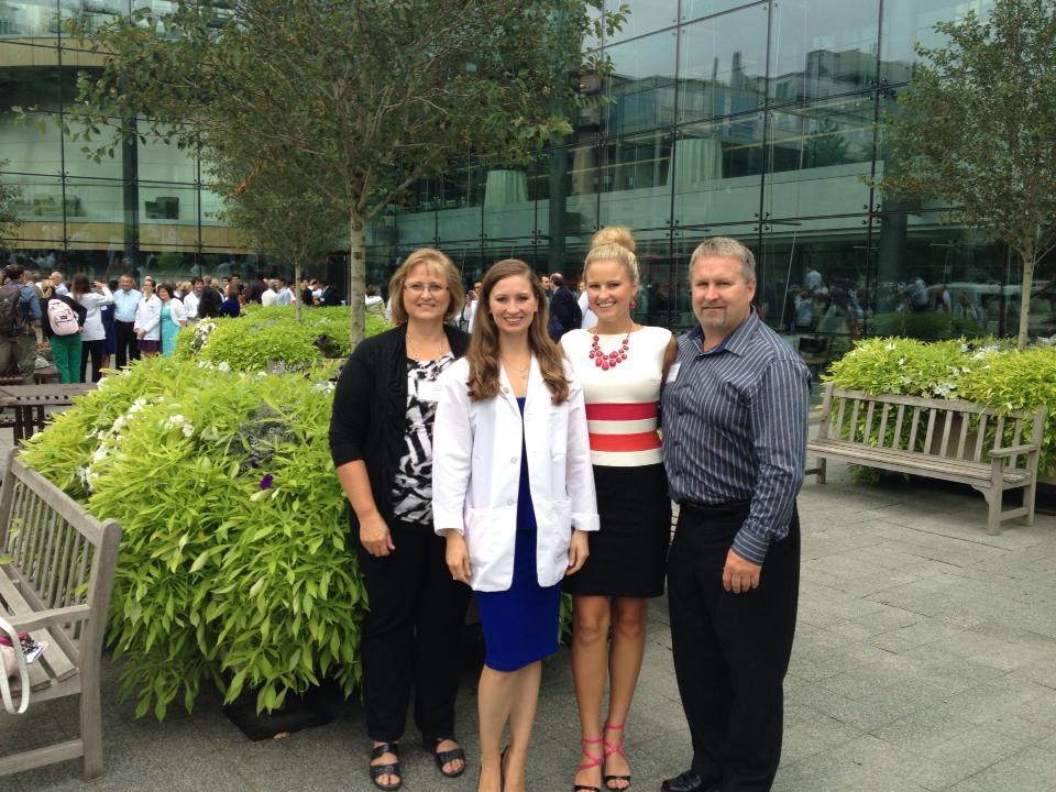 Lauren Kuhn Family Photo Miss Massachusetts 2014.jpg