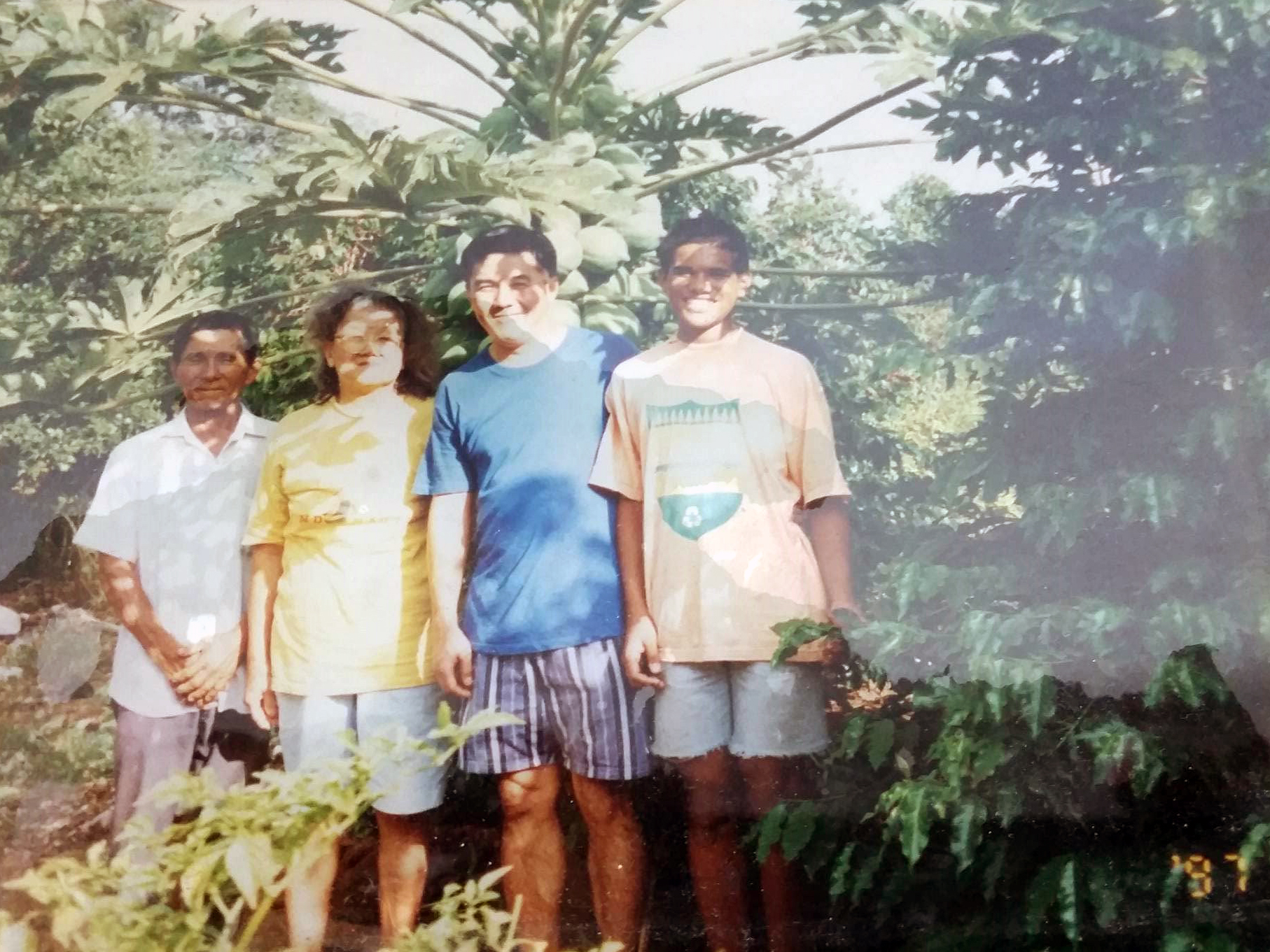 Yugo, Hideko, Julio e Julio Jr.