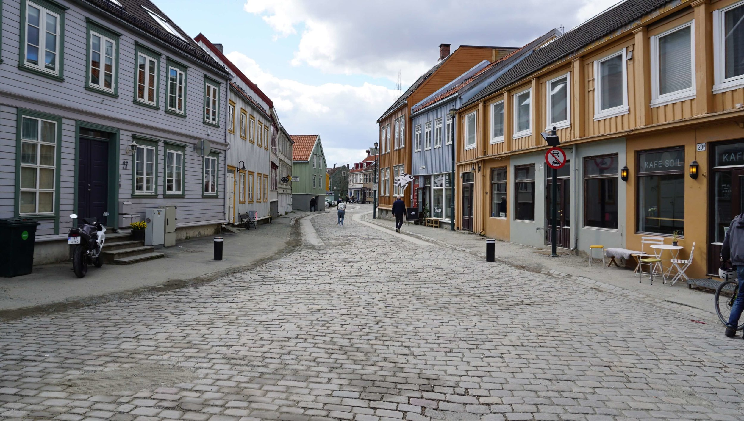 a1-Bakklandet-ned-shopped.jpg