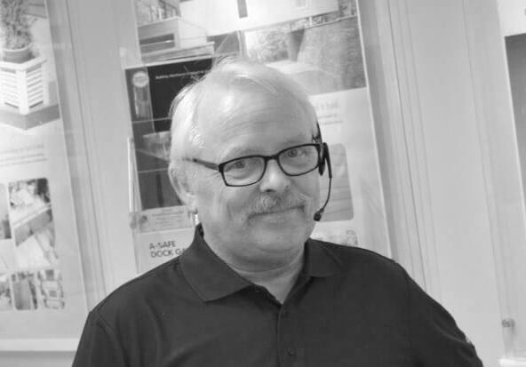 Salg - Ordre - Tor-Helge Rønning | Tlf. 916 34 398 | thr@foraas.noTor Helge har jobbet hos oss i 11 år. Har med årene blitt vår ekspert på bodsystemer, maskinsikring og mobil anlegg sikring.