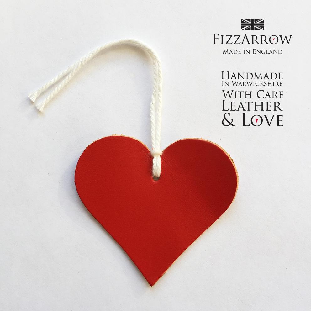 FizzArrow heart tag