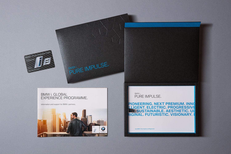 BMW i Pure Impulse, Welcome Package für BMW i 8 Fahrer und Infobroschüre für Händler