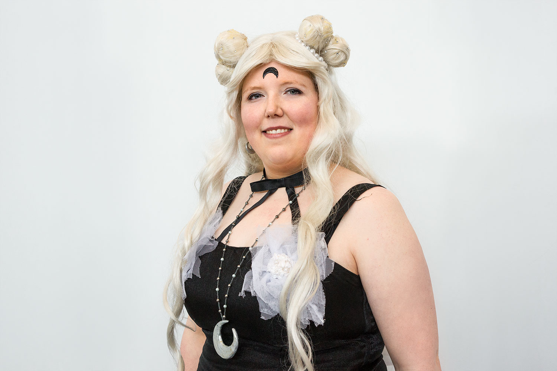 """Kathrin verkörpert die """"umgewandelte"""" Fan-Art Dark Luna. Ursprünglich Luna aus Sailor Moon."""
