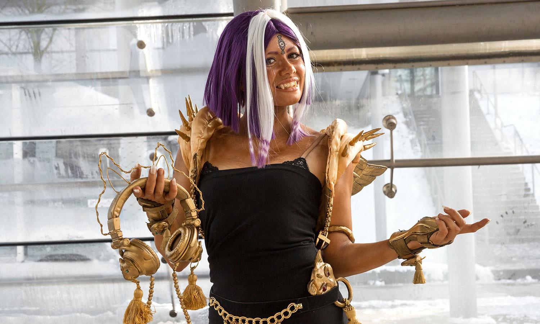 Gold-Plateaux-Costume-LBM-2018-05057-wagner1972.jpg
