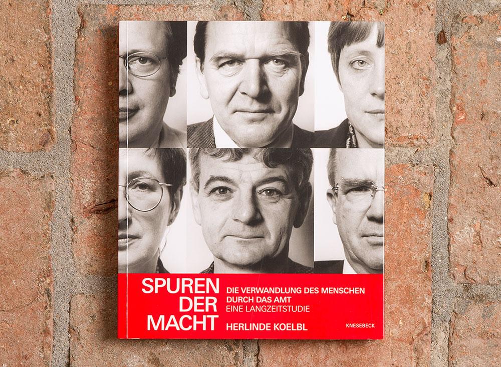 """Die Erstauflage  von Herlinde Koelbls """"Spuren der Macht"""" erschien 1999 mit Taschenbuch-Bindung."""